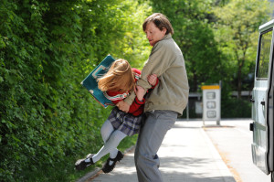 "Thure Lindhardt und Amelia Pidgeon in ""3096 Tage"" (2013)"