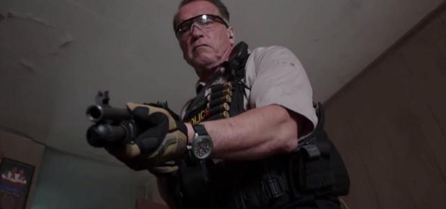 Im neuen Ausschnitt aus Sabotage warnt Arnie vor einem Berufsrisiko