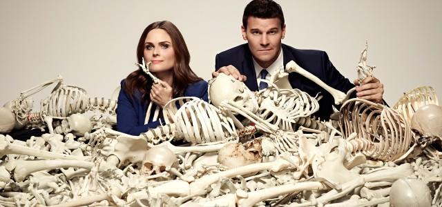 """Die erste Vorschau auf Season 10 von """"Bones"""" zeigt Booth im Gefängnis"""