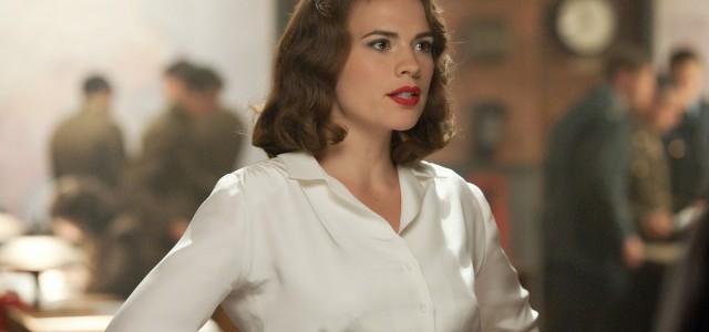 """Hayley Atwell zeigt vollen Einsatz in neuen """"Agent Carter""""-Spots"""