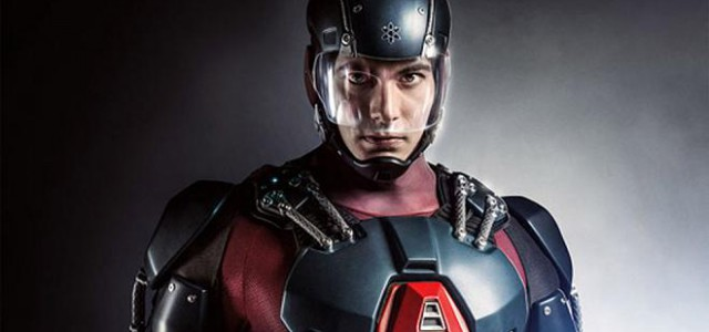Hier ist Brandon Routh als The Atom!