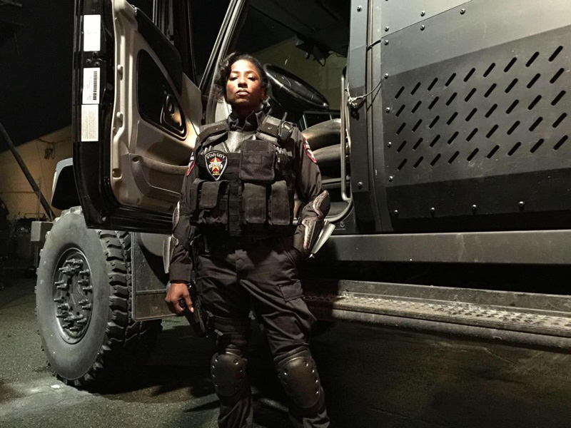 Arrow Season 4 Lady Cop Foto