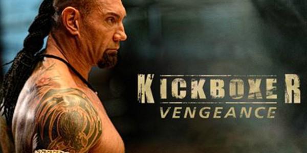 Erste Fotos aus dem Kickboxer-Remake mit Dave Bautista und Van Damme!