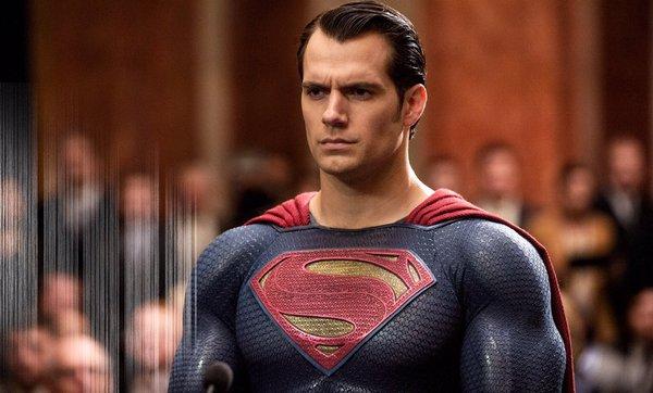 Batman v Superman Poster und Bilder 7