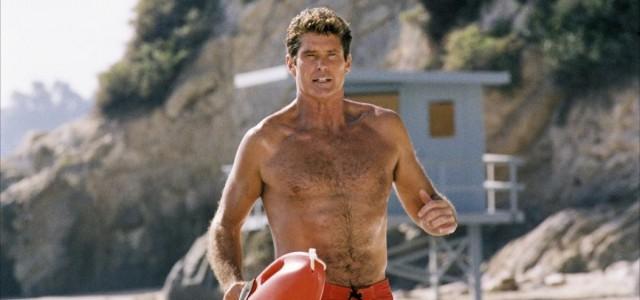 Baywatch: David Hasselhoff kommt an Bord des Kinofilms mit The Rock!