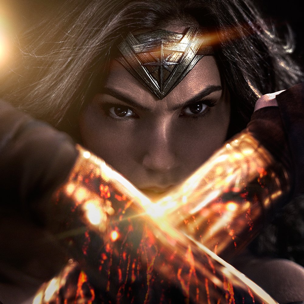 Batman v Superman Clips Wonder Woman