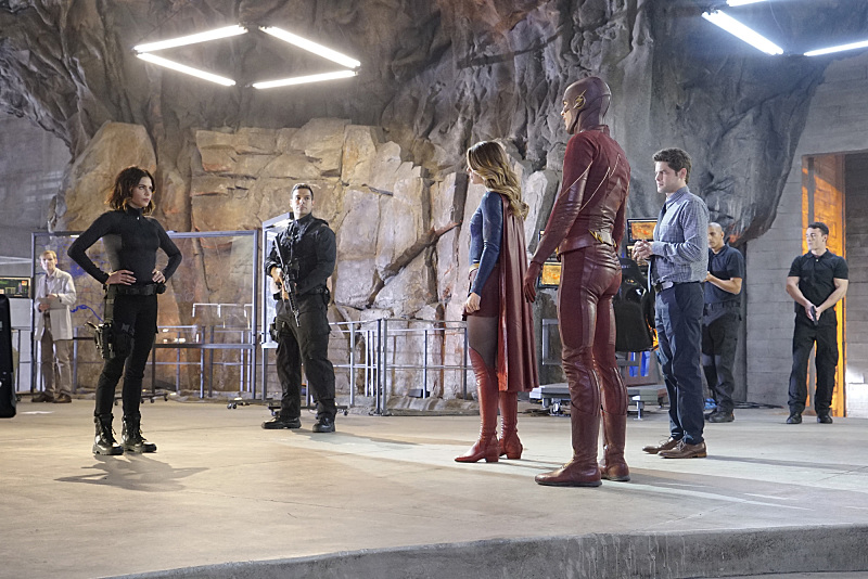 Supergirl The Flash Crossover Trailer Bild 3