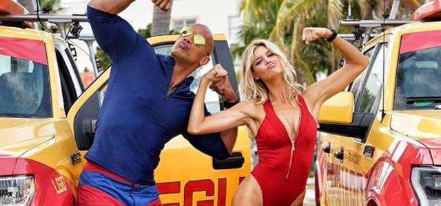 Baywatch: Hier sind The Rock und Kelly Rohrbach als Mitch und C.J.!