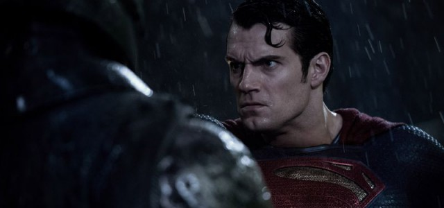 Box-Office USA: Batman v Superman bleibt oben, aber fällt stark