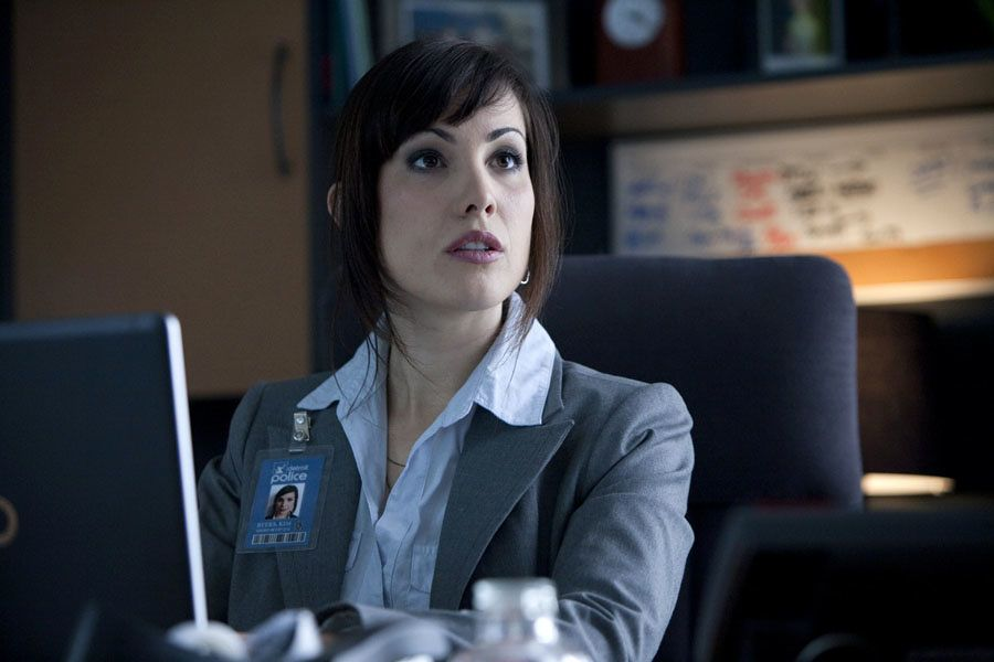 Arrow Staffel 5 Start Carly Pope