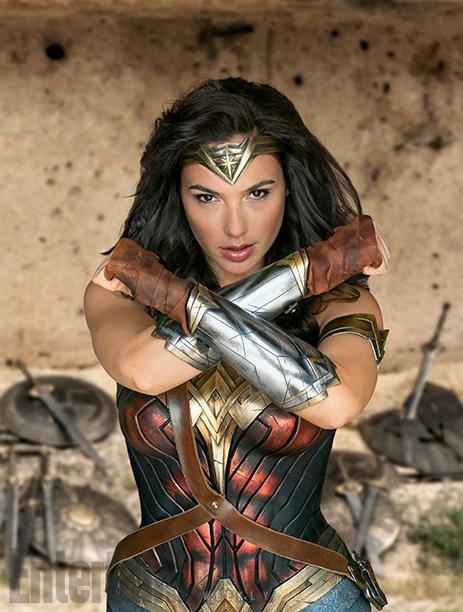 Wonder Woman Poster & Bilder 4