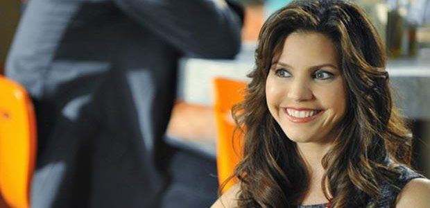 """Lucifer"": Charisma Carpenter gastiert in Staffel 2 als Playmate"
