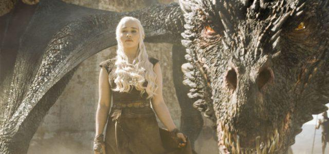 """""""Game of Thrones"""": Emilia Clarke verspricht eine epische Schlacht für Staffel 7"""