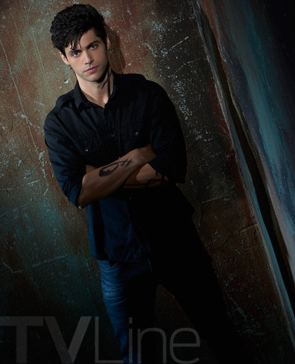 Shadowhunters Staffel 2 Start Cast-Fotos 6