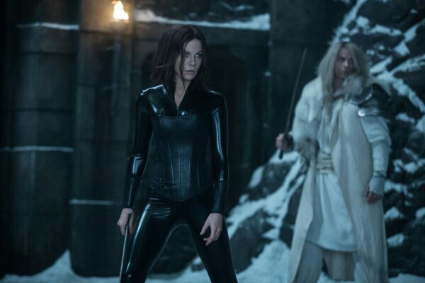 Underworld Blood Wars (2016) Filmbild 1