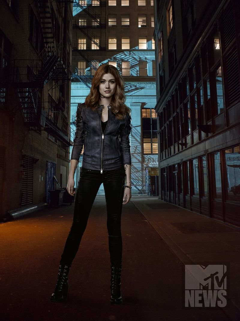 Shadowhunters Season 2 Poster 5