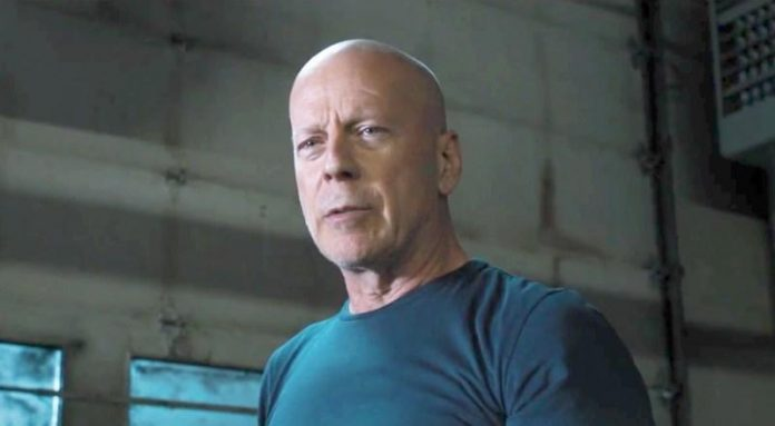 Bruce Willis Cornerman