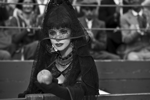 Filmszene aus Blancanieves mit Maribel-Verdu