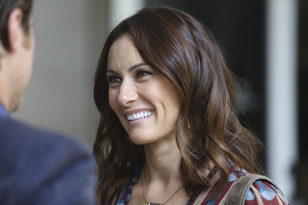 Supergirl Serie Cast Laura Benanti