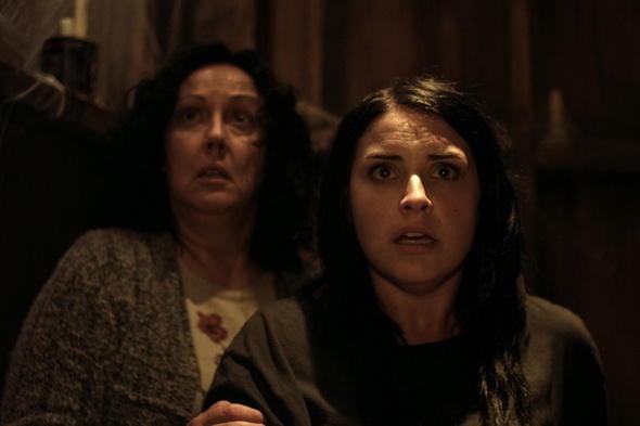 Housebound (2014) Filmbild 1