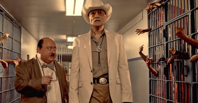 The Human Centipede III Start Handlung