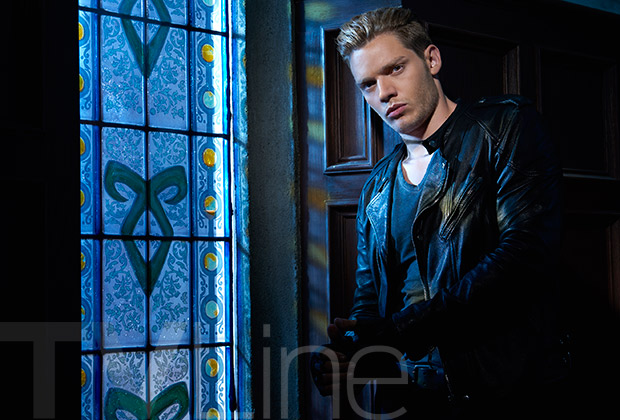 Shadowhunters Staffel 2 Start Cast-Fotos 3