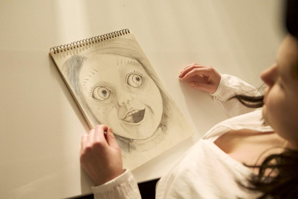 Cult of Chucky Clips & Bilder 1
