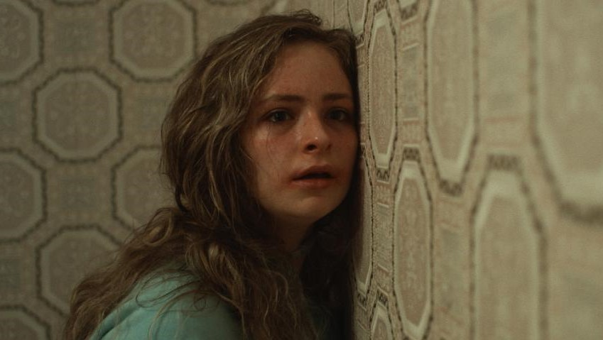 Hounds of Love (2016) Bild3