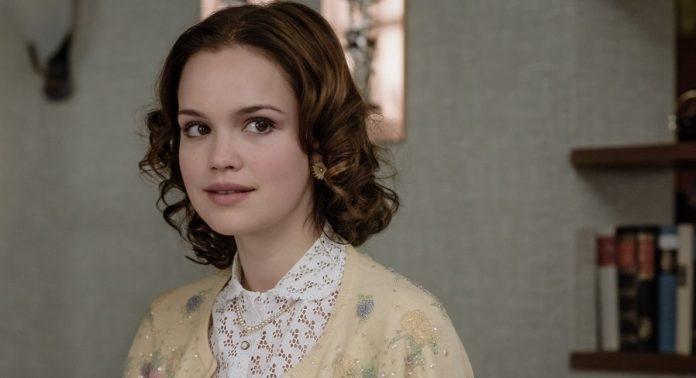 Bourne Serie Emilia Schüle