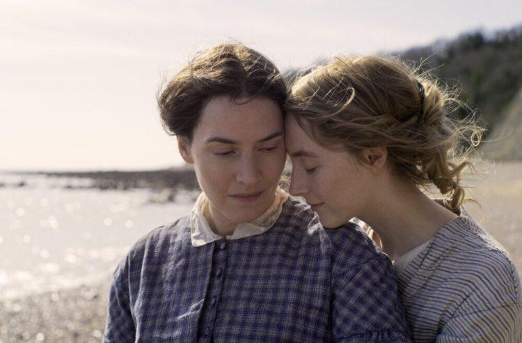 Kate Winslet Saoirse Ronan Ammonite Foto