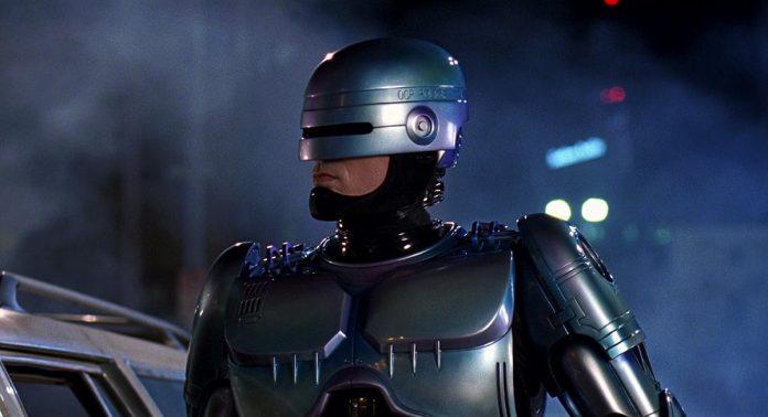 RoboCop Returns Regie