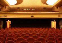 Maskenpflicht am Sitzplatz Kinos